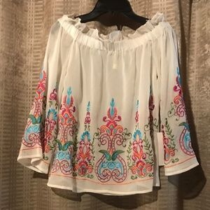 NWT  embroidered bell sleeved blouse size small
